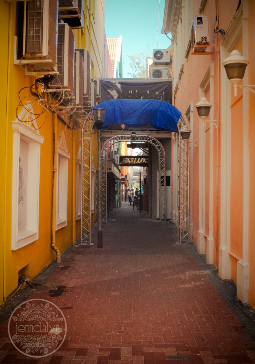 streets of willemstad curacao